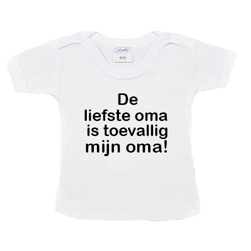 t-shirtje-liefste-oma-is-mijn-oma—wit